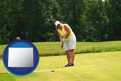 wyoming map icon and a golf putting lesson on a golf course