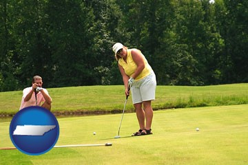 a golf putting lesson on a golf course - with Tennessee icon